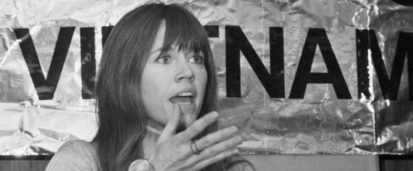 Jane_Fonda_1975