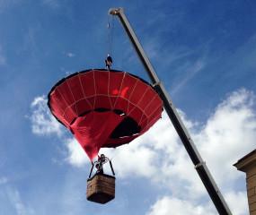 A takhle stoupal po celé odpoledne balón k nebesům