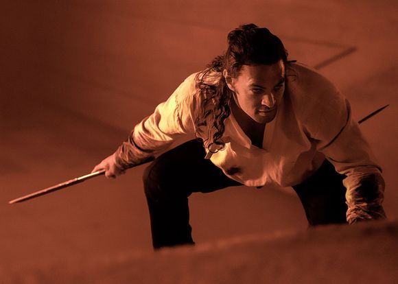 Jason Momoa jako Duncan