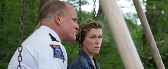 Three Billboards Day 02_164.dng